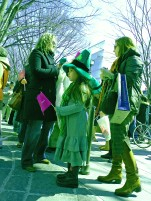 Irish_Green,_St_Patrick's_Day_Parade_in_Omotesando,_Tokyo